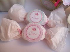 mesa de dulces shabby chic - Buscar con Google Shabby Chic, Baby Shower, Wedding Favors For Guests, Baby Decor, Projects To Try, Baby Boy, Candy, Birthday, Sweet