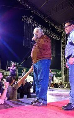 Exitosa presentación de Pepe Mujica en Tijuana