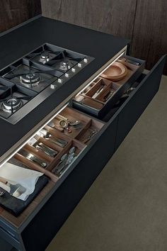 Drawer underneath cook top - if possible Artex Island - modern - kitchen islands and kitchen carts - other metro - Poliform USA Kitchen Room Design, Modern Kitchen Design, Home Decor Kitchen, Interior Design Kitchen, Kitchen Furniture, Home Kitchens, Modern Bar, Kitchen Colors, Kitchen Ideas