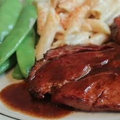 Ham with Red Eye Gravy Pork Recipes, Cooking Recipes, What's Cooking, Cafe Recipes, Pork Meals, Cooking Turkey, Ham Gravy, Red Eye Gravy