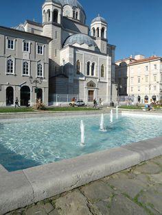 la chiesa serbo ortodossa sul canale del Ponterosso in Trieste