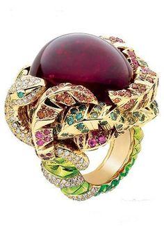 Dior Jewelry, Jewelry Art, Gemstone Jewelry, Jewelry Rings, Jewelry Accessories, Fashion Jewelry, Jewelry Design, Fancy Jewellery, Monet Jewelry