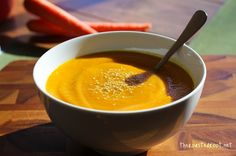 Thai Curry Carrot Soup made with no cream or oil. Very nutritious with delicious Thai curry flavor http://www.theroastedroot.net
