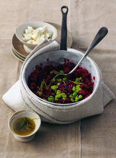 Rezept für Rote-Bete-Risotto mit Rosmarin-Zitronen-Öl bei Essen und Trinken. Und weitere Rezepte in den Kategorien Gemüse, Käseprodukte, Kräuter, Milch + Milchprodukte, Reis, Alkohol, Hauptspeise, Backen, Braten, Kochen, Einfach, Raffiniert, Vegetarisch, Hülsenfrüchte.