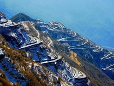 It's exhilarating, it's surreal. Drive down the Zuluk loop, with 32 hairpin turns, and give yourself the biggest adrenaline rush ever!   #Sikkim #IncredibleAmazingIndia