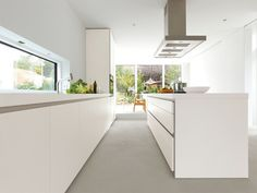 Linear fitted kitchen Kitchen with island b1 Collection by Bulthaup
