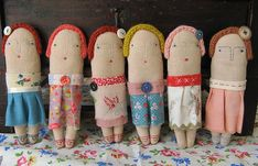 These dolls by Cathy Cullis are delightful!