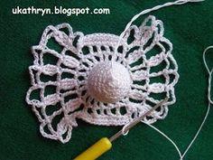 U Kathryn : Szydełkowy anioł (wzór)/Crochet angel pattern Crochet Ornaments, Christmas Crochet Patterns, Crochet Snowflakes, Crochet Doilies, Crochet Lace, Crochet Angel Pattern, Crochet Angels, Braided Rag Rugs, Crochet Dreamcatcher