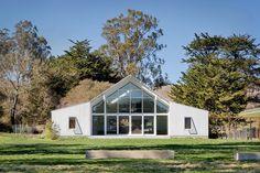 Modern barn in Sonoma County, California #Barn, #Modern