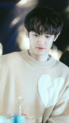 Chanyeol ❤ Oppa 💙👀 Exo ✌ Exo_k Exo_l Park Chanyeol Exo, Baekhyun, Exo Exo, Korean Anime, Jaebum Got7, Xiu Min, How Big Is Baby, K Idol, Chanbaek