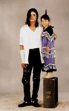 Michael with little Sage Galesi :) He always loved babies and all children of the world ღ by ⊰@carlamartinsmj⊱