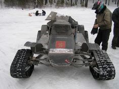 Custom tracked vehicle built for amateur race in Aydashki, Russia. Cj Jeep, Jeep Cars, Cool Trucks, Cool Cars, Course Moto, Snow Vehicles, Go Kart Buggy, Colani, Trophy Truck