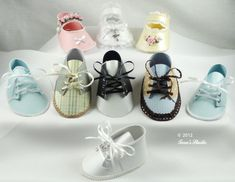 Baby boy and baby girl shoes with cutting files and assembly instructions