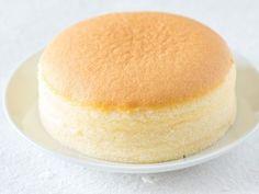 Japanischer Käsekuchen besteht nur aus 3 Zutaten! EAT SMARTER hat das Rezept für den Käsekuchen für Sie!