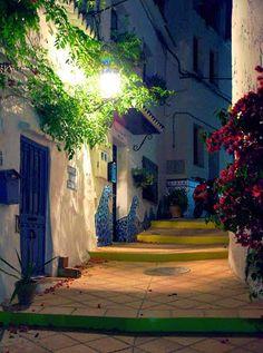 Spain, Andalusia,Torrox Pueblo, en la noche