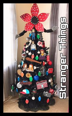 Stranger Things Christmas, Stranger Things Upside Down, Xmas, Christmas Tree, Find Girls, Nightmare Before Christmas, First Night, Birthday Wishes, Projects To Try