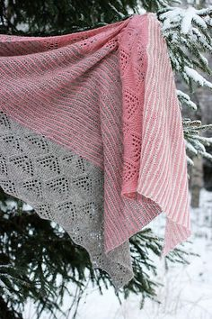 Ravelry: Project Gallery for Lens Flare pattern by Suvi Simola