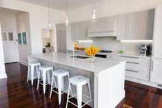 Kitchen Benches, Kitchen Styling, Kitchen Countertops, Kitchen Design, Interior Design, Backsplash, Kitchens, Counter Tops, Home Decor
