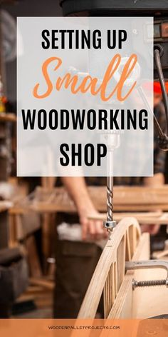 Check out these must have tips for setting up woodworking shop including organization ideas, workshop layout, workbenches and essential tools. Advice on small and big workshops setup, setting up a small woodworking shop in garage, basement or shed plus how to build a workshop from scratch. #settingupwoodworkingshop #woodworkingshoporganizationideas #workshopsetupideas Woodworking Workshop Layout, Woodworking Power Tools, Woodworking Garage, Beginner Woodworking Projects, Garage Workbench, Garage Workshop Organization, Basement Workshop, Home Workshop, Organization Ideas