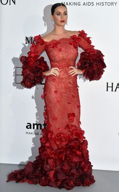 Katy Perry Off-the-Shoulder Dress - Katy Perry looked gorgeous (with a capital G!) in this petal-appliqued red off-the-shoulder gown by Marchesa at the amfAR Cinema Against AIDS Gala. Donatella Versace, Katy Perry Gallery, Marchesa Gowns, Embellished Gown, Costume, Shows, Cannes Film Festival, Red Carpet Fashion, Lady In Red