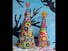 Learn how to make these beautiful and colorful Christmas trees.