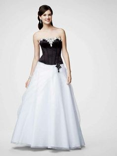 A-line Strapless Tulle Floor-length Sleeveless Rhinestone Prom Dresses at sweetquinceaneradress.com