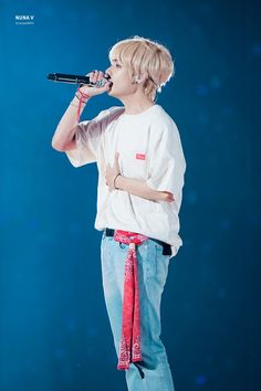 Find images and videos about bts, v and taehyung on We Heart It - the app to get lost in what you love. Jimin, Bts Bangtan Boy, K Pop, Bts Love Yourself, V Taehyung, Daegu, Taekook, Bts Wallpaper, Korean Boy Bands