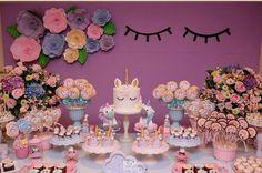 decoracao de festa unicornios e flores