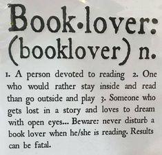 BOOK*LOVER Memes Hilariantes, Book Memes, Funny Memes, Funny Book Quotes, Quote Books, Book Sayings, Bookworm Quotes, Book Funny, I Love Books