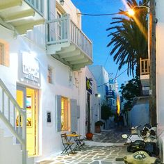 Enjoy an evening walk in the romantic streets of Mykonos Town...