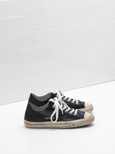 new product 24b78 b7b95 Dam Golden Goose Guld V-star 2 Skor Rea - Golden Goose Sneakers Dam