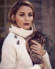 A burgundy lip with a pale sweater perfect winter combo. Olivia Palermo for Bauble Bar  #model#jewelery#stylish#cream#fashion#lip#burgundy#makeup#olivia#cashmere#sweater#arab#uk#london#dubai#modest#luxury#classy#elegant