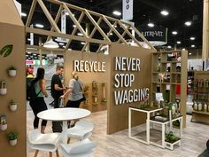 Boothster was proud to work with Earth Rated and Modern Kanine on their custom, and tradeshow booth designs for the SuperZoo 2018 Show! If you haven't seen Earth Rated or Modern Kanine's colorful line of products yet, make sure to come by booth Trade Show Booth Design, Exhibition Stand Design, Exhibition Display, Exhibition Space, Team Building, Building Design, Street Marketing, Guerrilla Marketing, Experiential Marketing