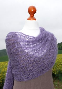 Strickstola, Schal, Lacemuster, flieder, Schultertuch Kid-Mohair / Seide von LOVELYinWOOL, € 59.90,-,   Romatic lace shawl, mohair / silk,  lavender, summerly, knitted by LOVELYinWOOL, € 59,90,-