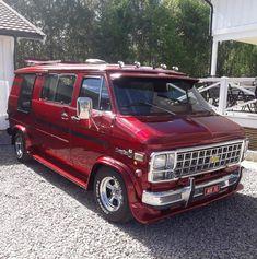 Customised Vans, Custom Vans, Sleeper Van, Chevrolet Van, Chevrolet Astro, Chevy Astro Van, Gmc Vans, Dodge Van, Old School Vans