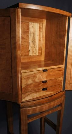 Upright Jewelry box and stand