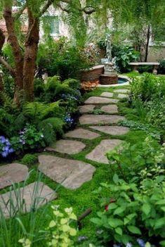 Front Yard Garden Design Top 10 Shade Garden Ideas For The Backyard Small Gardens, Outdoor Gardens, Front Yard Gardens, Formal Gardens, Amazing Gardens, Beautiful Gardens, Magical Gardens, Beautiful Park, Stone Garden Paths