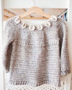 Ravelry: Petal Collar Cardigan pattern by Mon Petit Violon Baby Girl Crochet, Crochet Baby Clothes, Crochet For Kids, Baby Top Design, Crochet Cardigan Pattern, Crochet Patterns, Double Crochet, Single Crochet, Baby Knitting