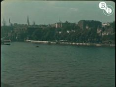 This is amazing.... A colour video of London in 1927 on Vimeo!