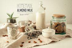 Homemade Almond Milk // Ginger and Mint Homemade Almond Milk, Travelling, Diy Ideas, Vegan Recipes, Mint, Cooking, Blog, Peppermint, Baking Center