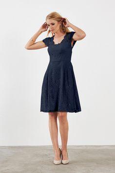 Weddington Way Quinn Bridesmaid Dress in Navy blue in Lace