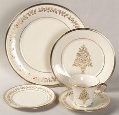 MyVintageChina - Replacement China Dinnerware Crystal  sc 1 st  Pinterest & Corelle Ultra Vitrelle 2 Green Leaf Dinner Plates | China ...