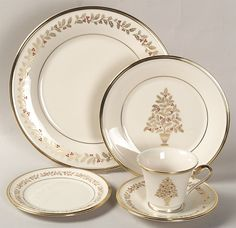 I love this pattern. I have several pieces. christmas china patterns holiday | Top 10 Best Selling China Patterns at Replacements, Ltd.