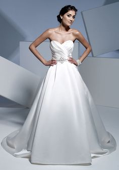 A Line Strapless Sweetheart Satin Semi Cathedral Wedding Dress Style