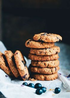 Almond Butter Blueberry Cookies, (Vegan, Gluten-Free). #GF #cookies
