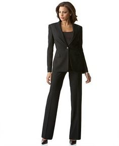 Looking for wholesale Grey notched women formal suits manufacturers? Check out Frerez for the most stylish and fashionable Grey notched women formal suits collections that are affordable too. Wholesale Fashion, Wholesale Clothing, Black Pant Suit, Pant Suits, Wedding Attire For Women, Interview Suits, Corporate Attire, Formal Suits, Career Wear