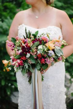 Summer flowers, bridal bouquet, burgundy & red flowers // Lindsey Paradiso Photography