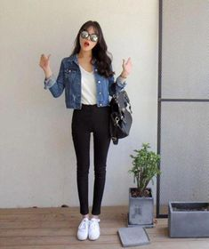 Kleidung koreanische Mode-Outfits 961 When Did Dogs Beco Trend Fashion, Korean Fashion Trends, Korean Street Fashion, Look Fashion, Girl Fashion, Fashion Outfits, Fashion Ideas, Jackets Fashion, Korean Street Styles