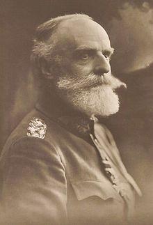 Ludwig Freiherr von Falkenhausen was een Duitse generaal in wo 1. hij was zeer succesvol tijdens de eerste helft van de wo en verdiende zelfs prijzen. daarna vond de slag om Arras plaats waar hij faalde en zn tactieken werden geannuleerd door Erich Ludendorff. hij ging dood aan ouderdom en is succesvol geweest voor Duitsland