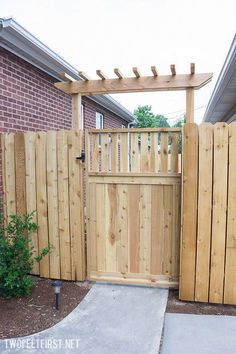 Garden fencing gates uk fence gate fences and pergola how to make easy project making a . Wood Fence Gates, Wooden Gates, Fence Gate Design, Fence Doors, Horse Fence, Brick Fence, Pallet Fence, Cedar Fence, Diy Pergola